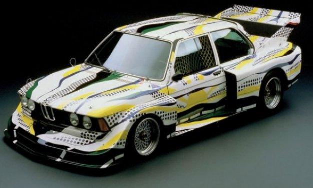 Uno de los coches de la Art Drive