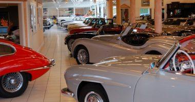 Exposición de coches clásicos