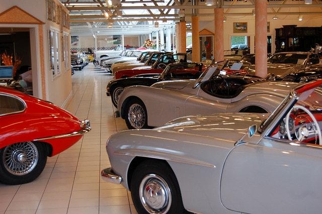 Pr ximos salones de coches cl sicos en espa a for Oficina qualitas auto barcelona