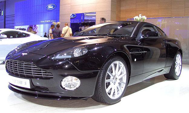 Modelo Vanquish de la marca Aston Martin