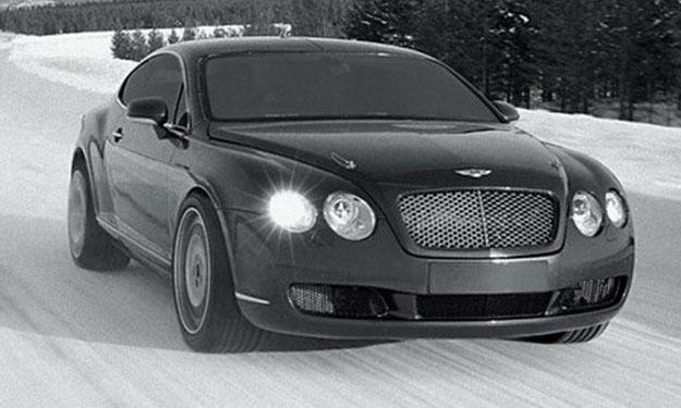 Un modelo Bentley sobre hielo