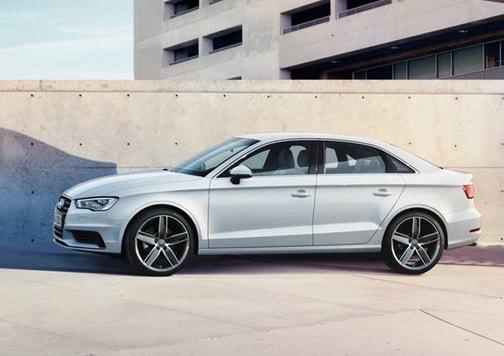 Audi-A3-Sedan-categoria-media
