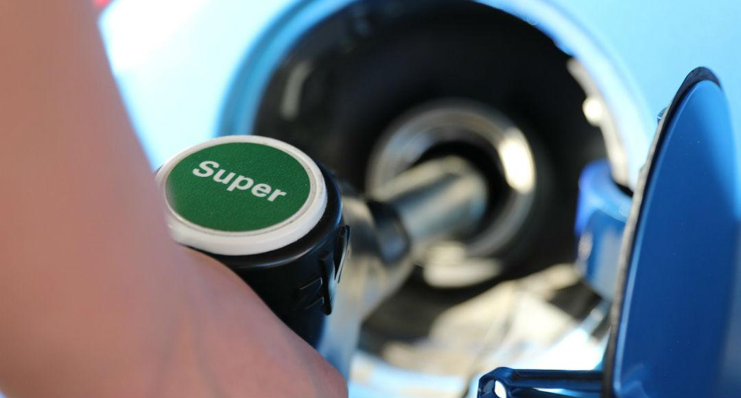 Que gasto de la gasolina para el volkswagen tuareg 3.2