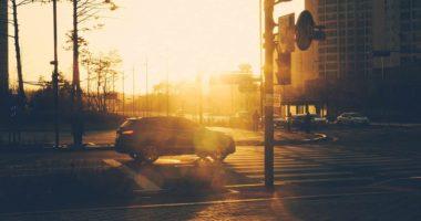 Coche sol ciudad