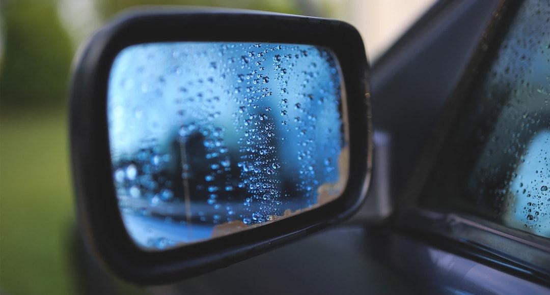 Conducir con lluvia - consejos