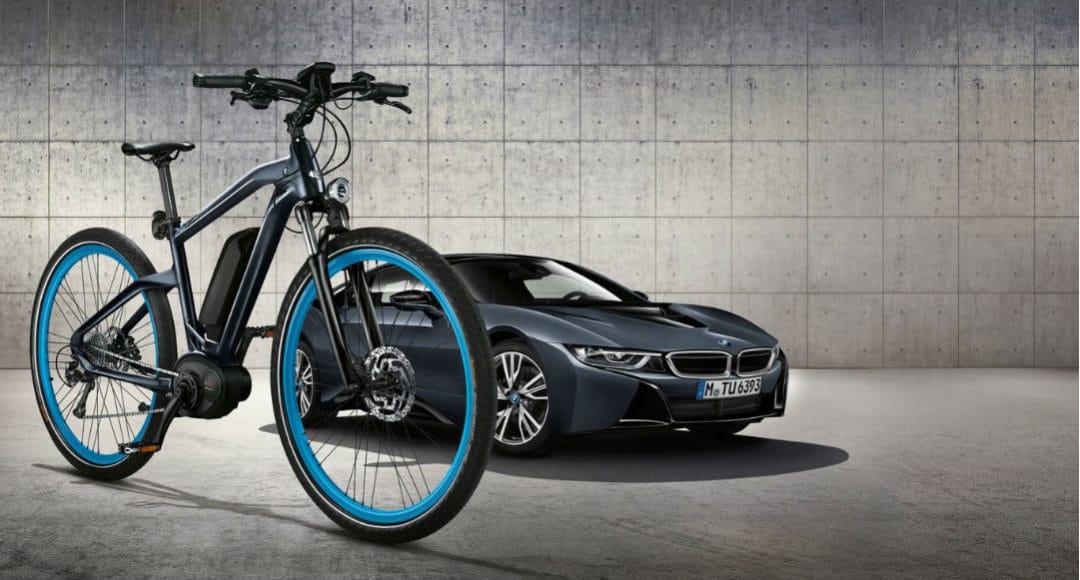 BMW i8 y bicicleta Cruise E-Bike Limited Edition
