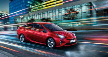 Toyota Prius - Coches más seguros 2016